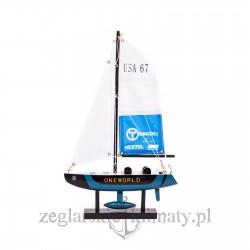 Mały model jachtu America's Cup