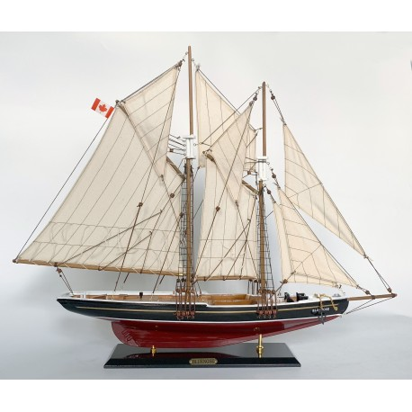 Model szkunera BLUENOSE - dł. 80cm!