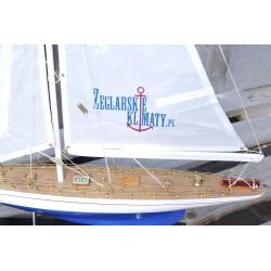 Personalizacja model jachtu - LOGO na żaglu!